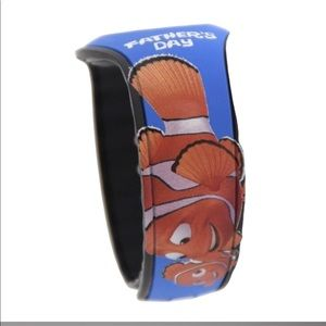Disney Father's Day magic band Finding Nemo